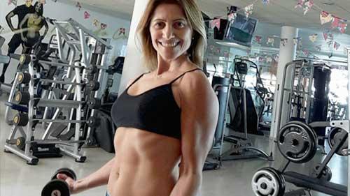 Exercício Físico Academia Corpore - Leila Barros